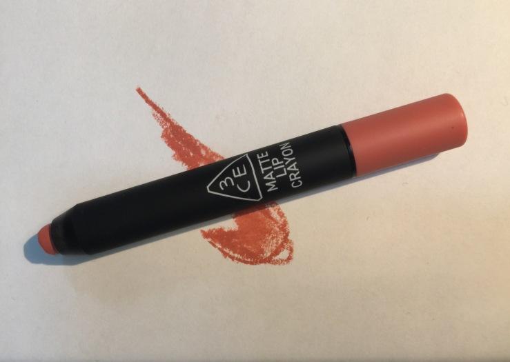 3ce matte lip crayon in speak low