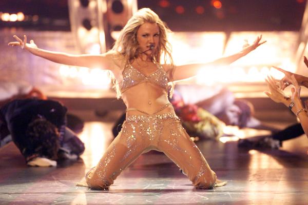 Britney-Spears-MTV-VMAs-2000.jpg